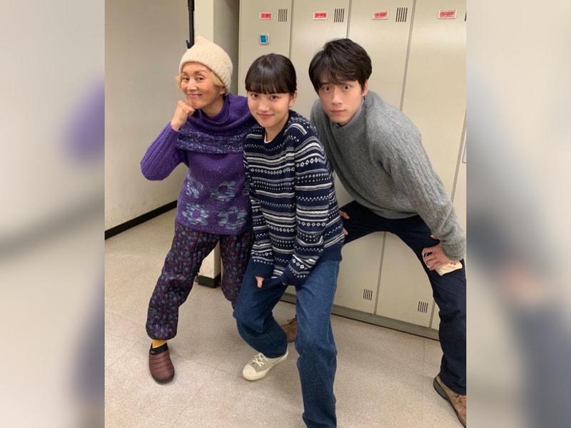 【写真】左から夏木マリさん、清原果耶さん、坂口健太郎さん